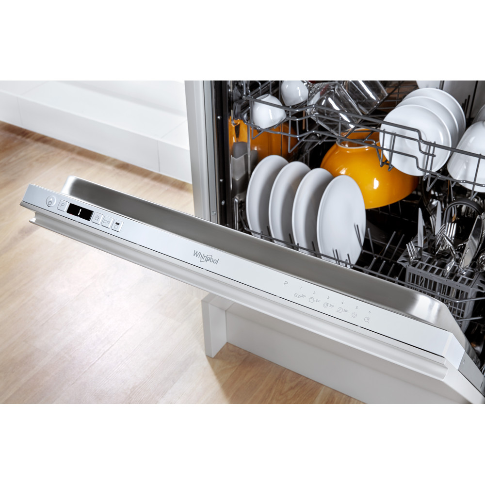Whirlpool WIC 3B19 SupremeClean Built-In Dishwasher A+ 13 Place