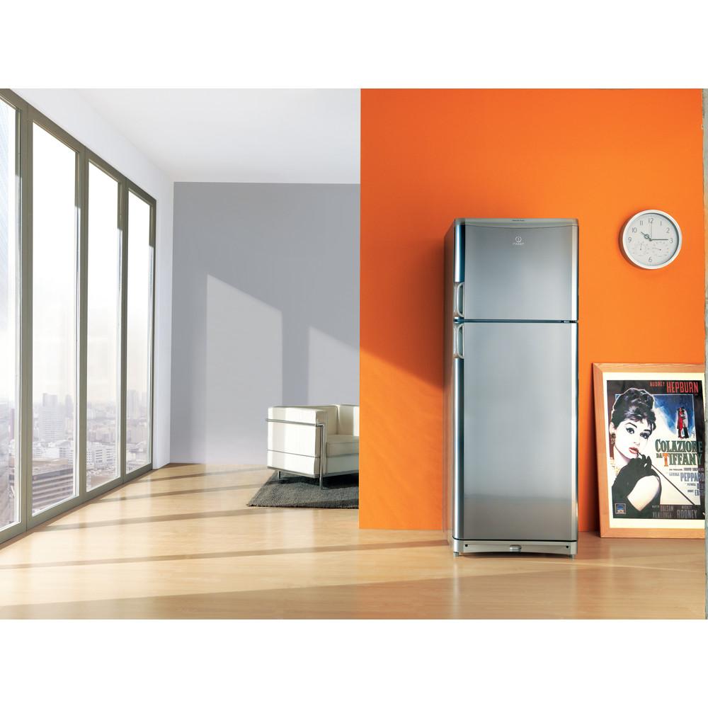 Indesit Combinazione Frigorifero/Congelatore A libera installazione TAAN 6 FNF S1 Argento 2 porte Lifestyle frontal