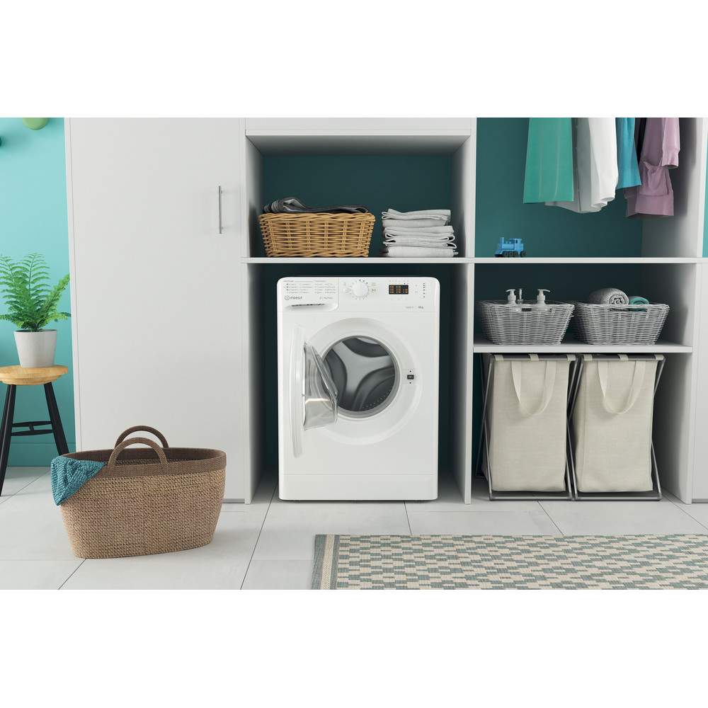 Indesit Lave-linge Pose-libre MTWSA 61252 W EE Blanc Frontal A+++ Lifestyle frontal open