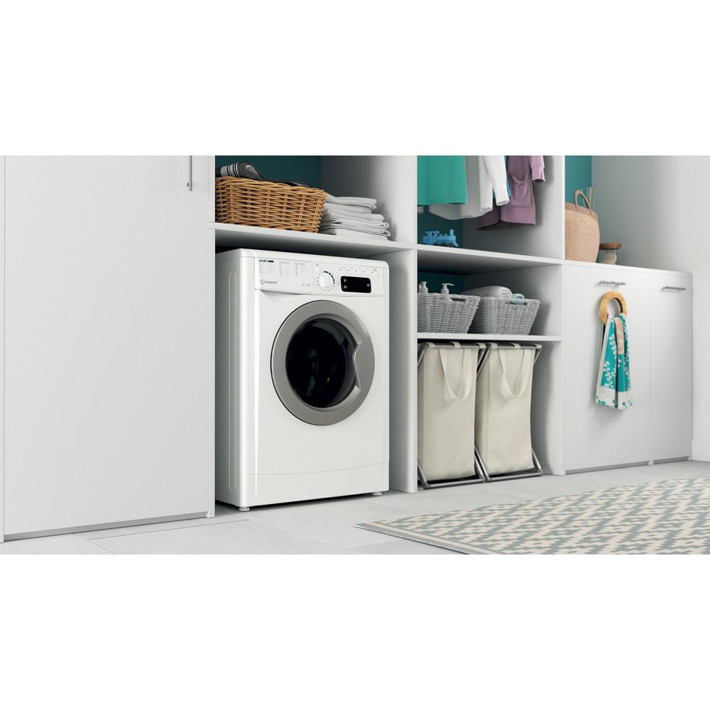 Indesit Kombineret vaskemaskine/tørretumbler Fritstående EWDE 761483 WS EE N Hvid Frontbetjent Lifestyle perspective