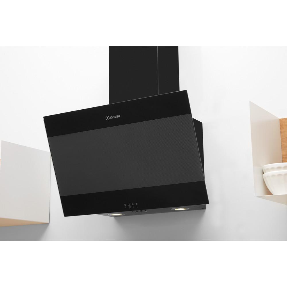 Indesit Köksfläkt Inbyggda IHVP 6.6 LM K Black Wall-mounted Mekanisk Lifestyle perspective