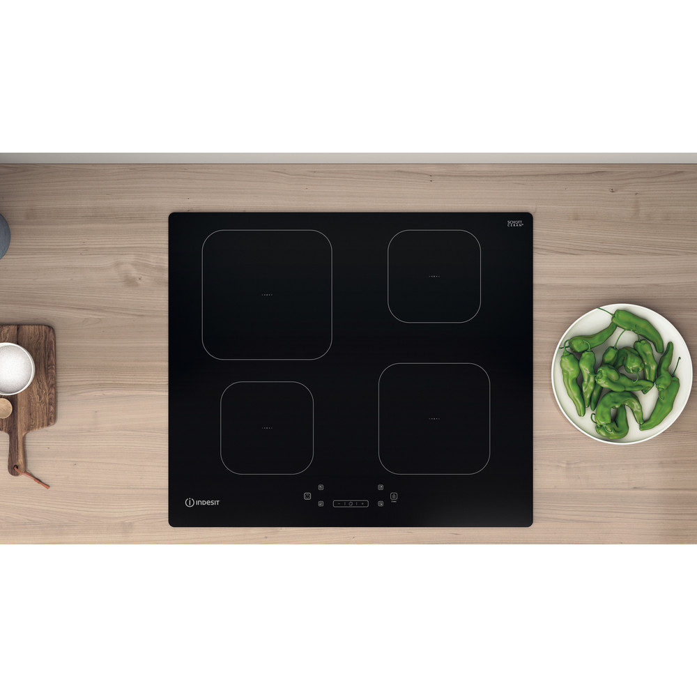 Indesit Spishäll IS 83Q60 NE Black Induction vitroceramic Lifestyle frontal