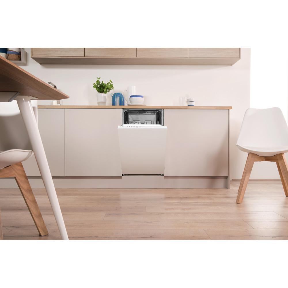 Indesit Посудомоечная машина Встроенная DSIE 2B10 Full-integrated A+ Lifestyle frontal