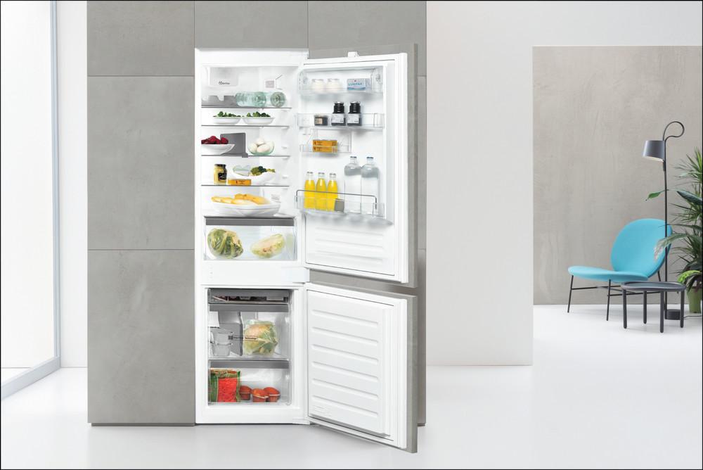 Whirlpool Fridge/freezer combination Vgradni ART 6711 SF2 Bela 2 doors Lifestyle frontal open