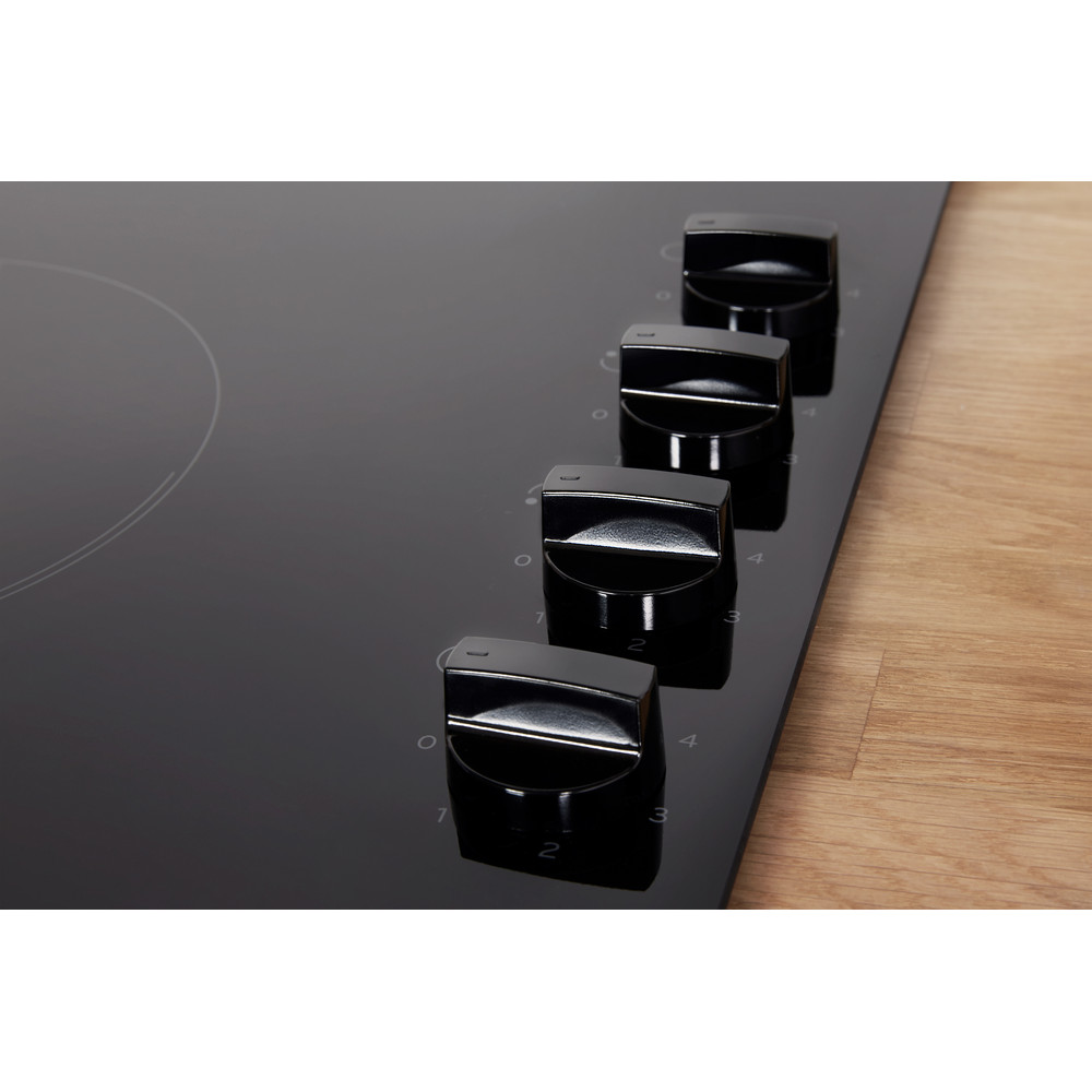 Indesit Варочная поверхность RI 860 C Черный Radiant vitroceramic Lifestyle control panel