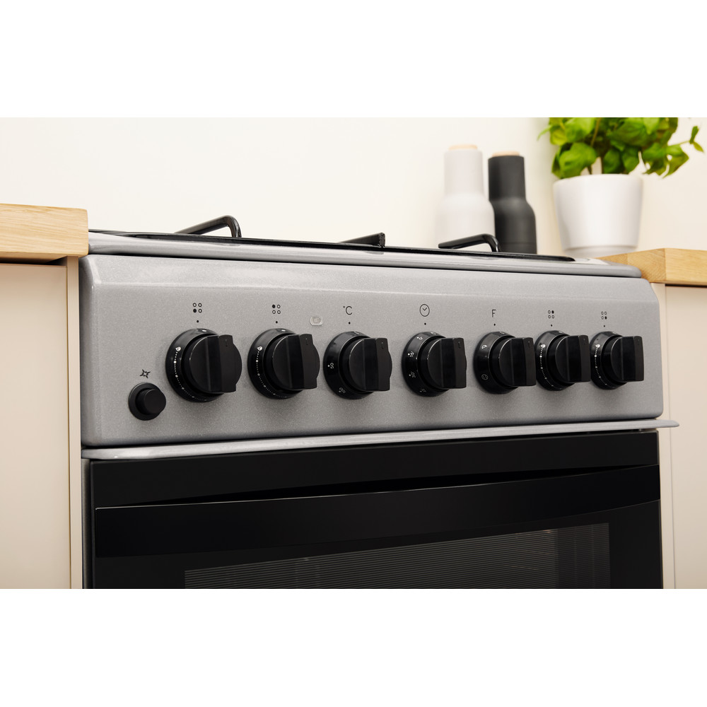 Indesit Cooker IS5G4PHSS/UK Inox GAS Lifestyle control panel