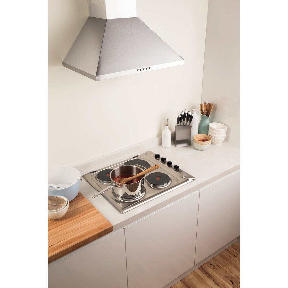 Indesit HOB PIM 604 (IX) GB Inox Solid Plate Lifestyle_Perspective