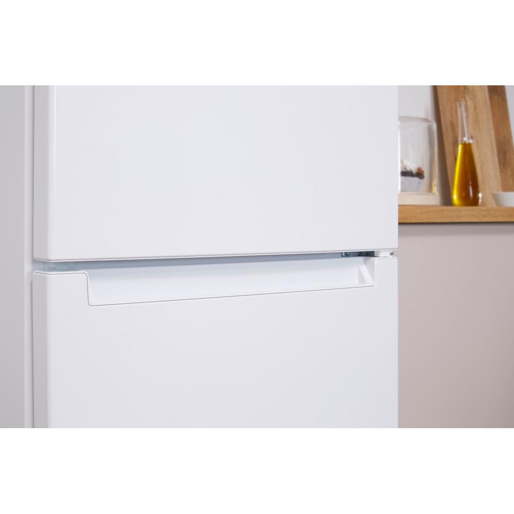 Indesit Холодильник з нижньою морозильною камерою. Соло LI8 FF2I W Білий 2 двері Lifestyle detail