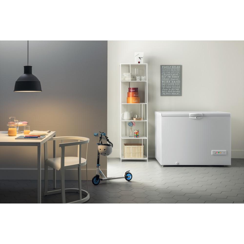 Indesit Congelador Livre Instalação OS 1A 400 H 1 Branco Lifestyle frontal open