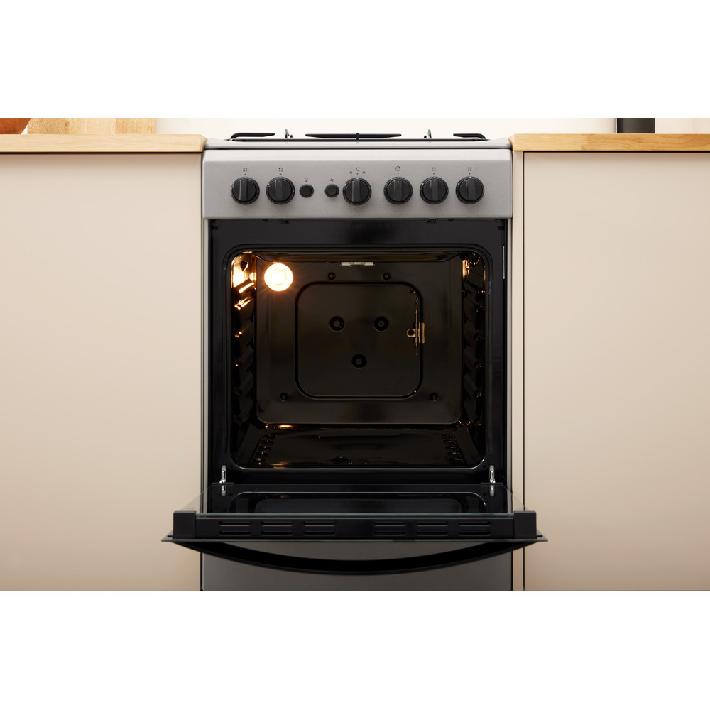 Indesit Cooker IS5G1PMSS/UK Silver painted GAS Lifestyle frontal open