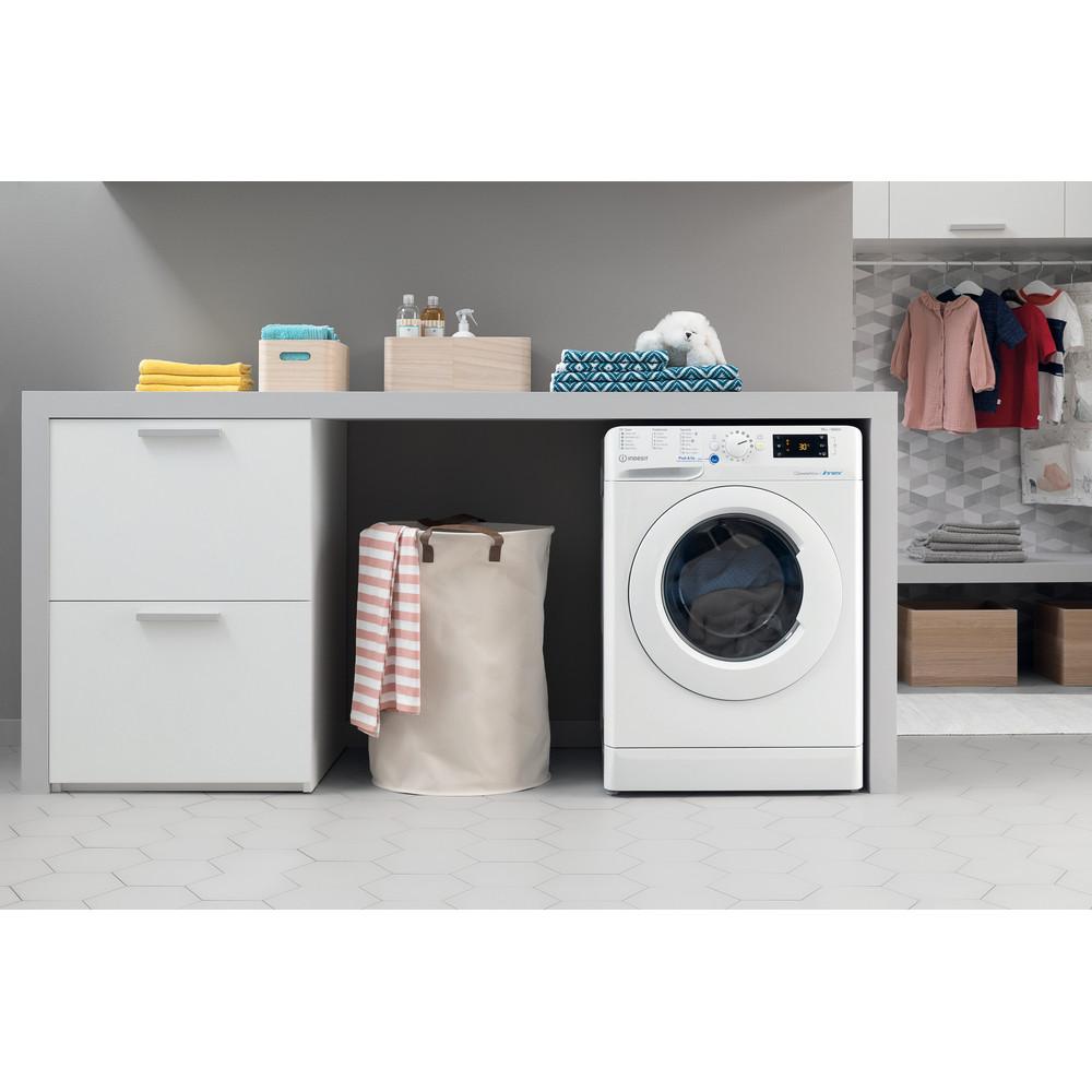 Indesit Washing machine Free-standing BWE 101683X W UK N White Front loader A+++ Lifestyle frontal