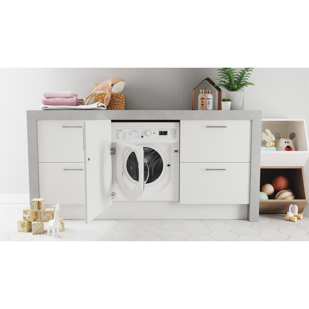 Indesit Máquina de lavar e secar roupa Encastre BI WDIL 861284 EU Branco Carga Frontal Lifestyle frontal open