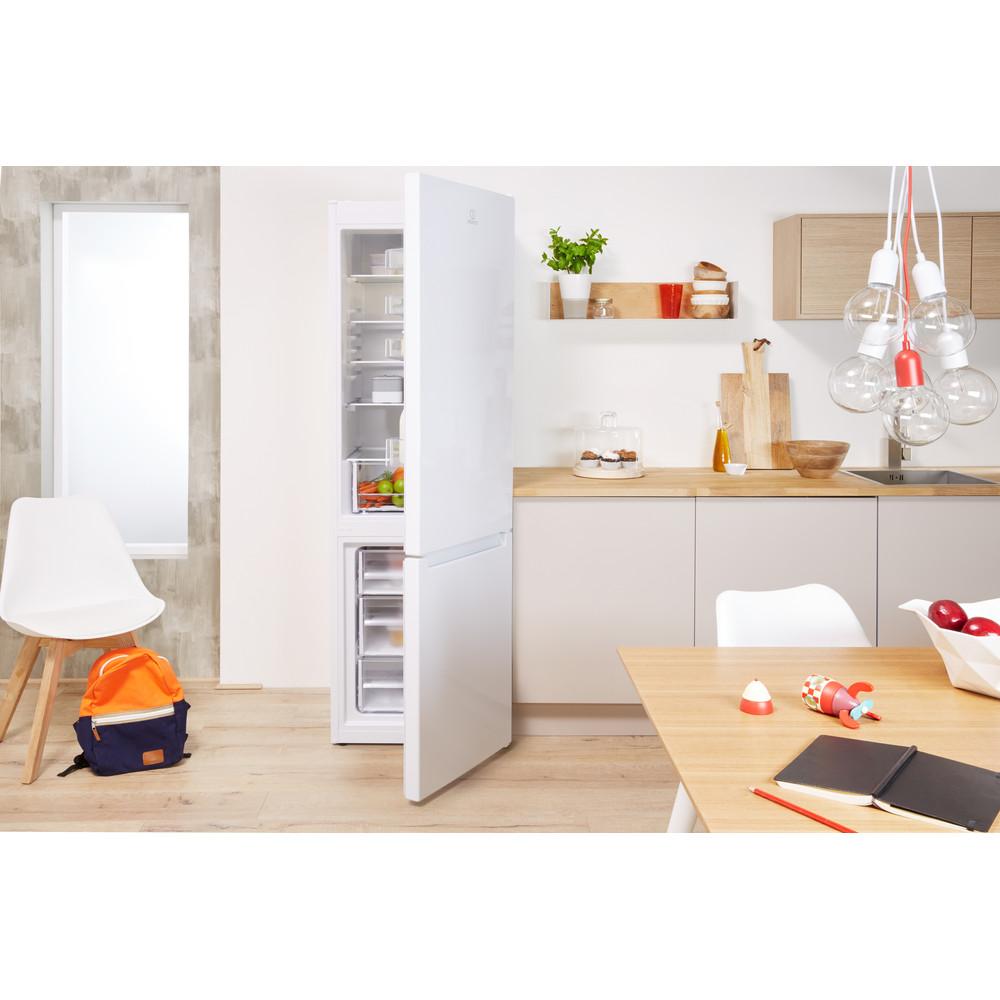Indesit Kombinovaná chladnička s mrazničkou Volně stojící LR9 S2Q F W B Bílá 2 doors Lifestyle frontal open