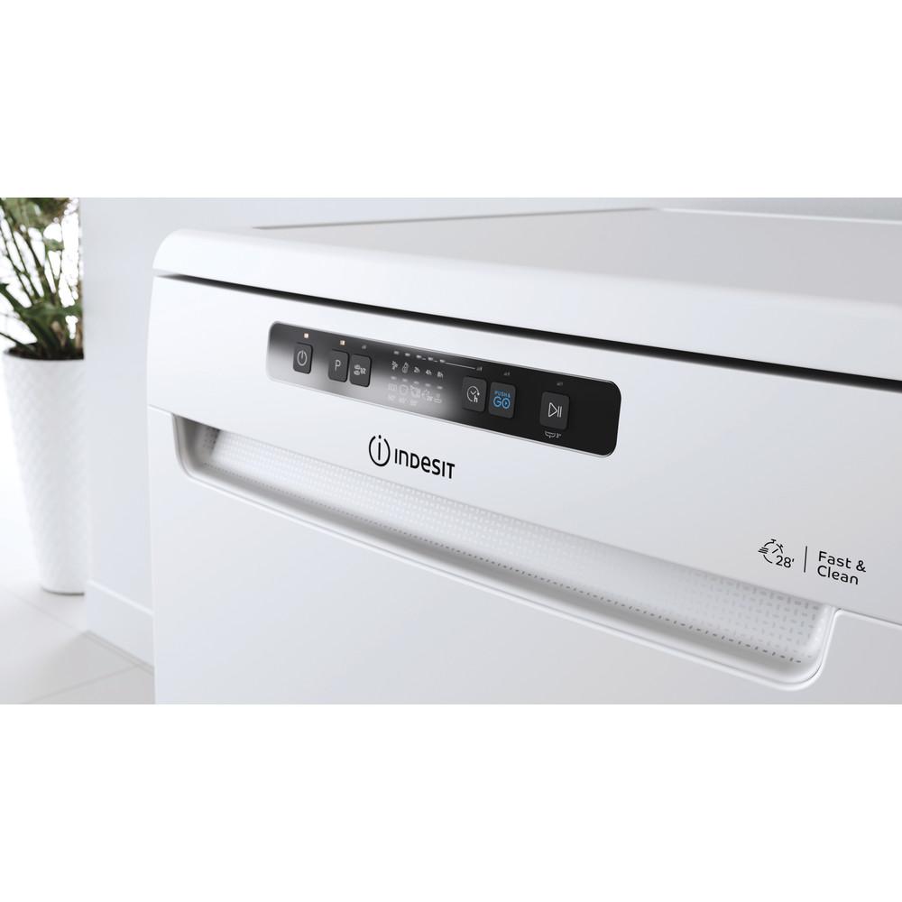 Indesit Myčka nádobí Volně stojící DFC 2B+16 Volně stojící F Lifestyle control panel