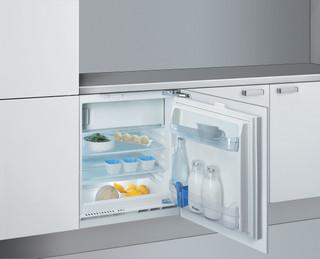 Whirlpool vgradni hladilnik: Bela barva - ARG 590