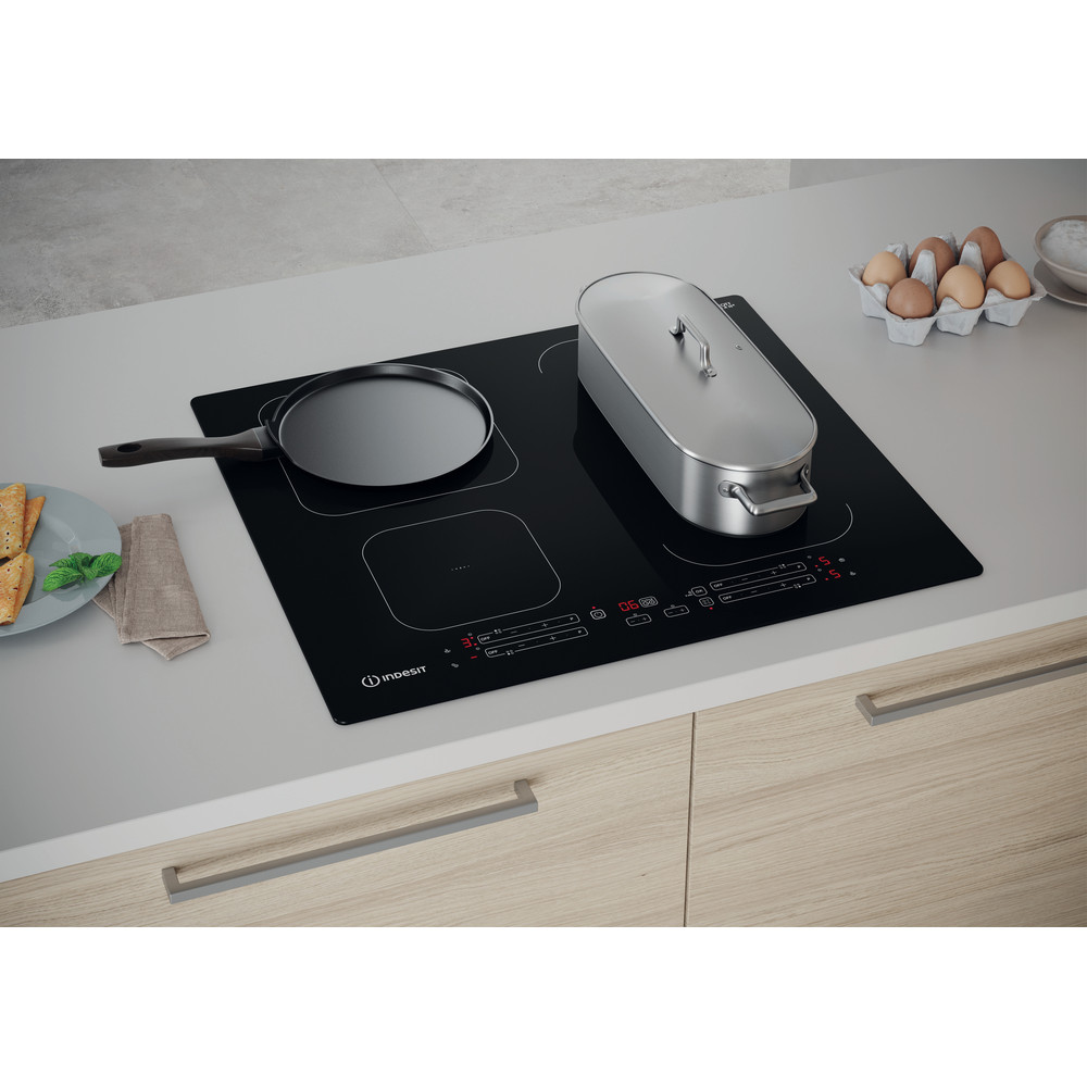 Indesit Kookplaat IB 65B60 NE Zwart Induction vitroceramic Lifestyle perspective