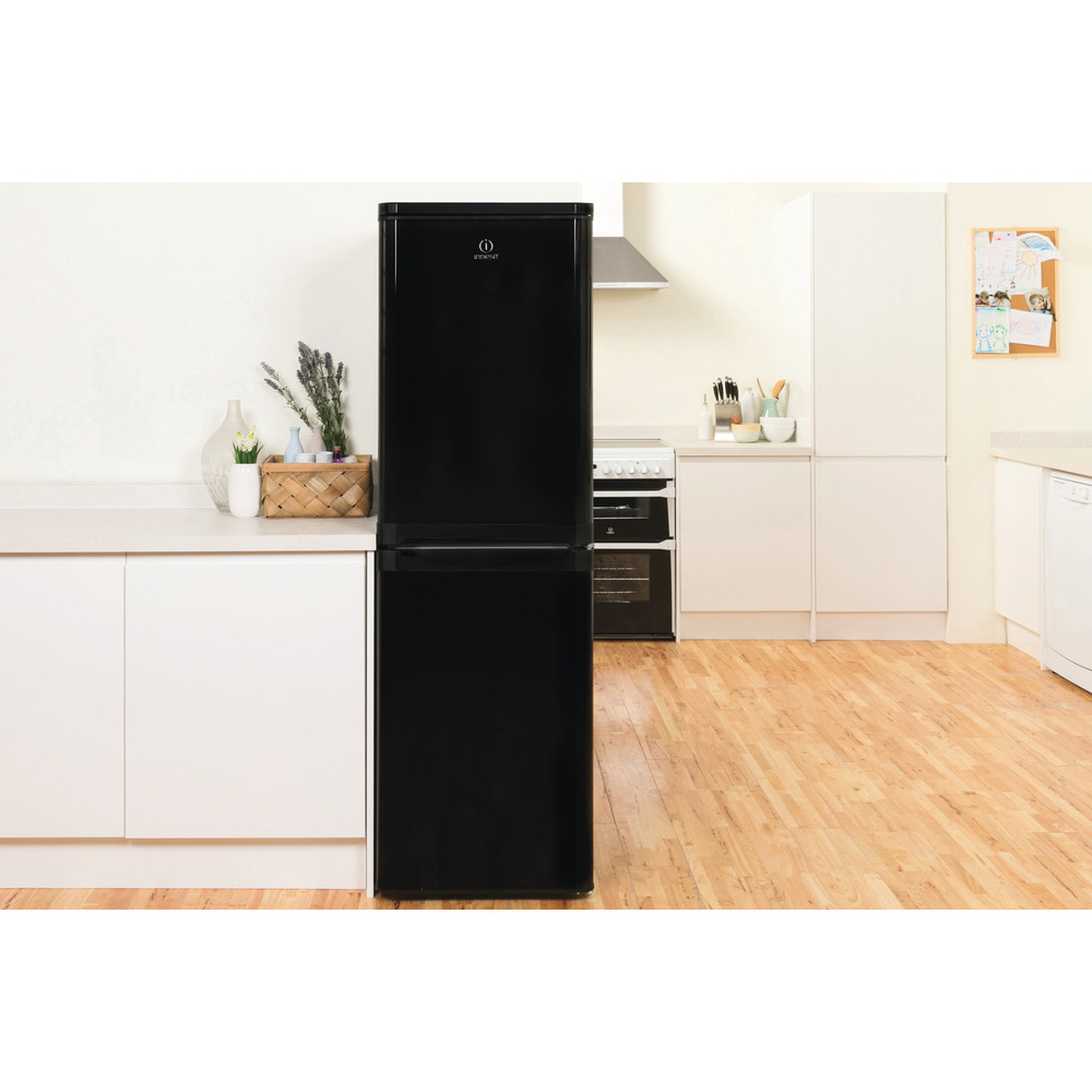 Indesit Fridge-Freezer Combination Free-standing IBD 5517 B UK 1 Black 2 doors Lifestyle frontal
