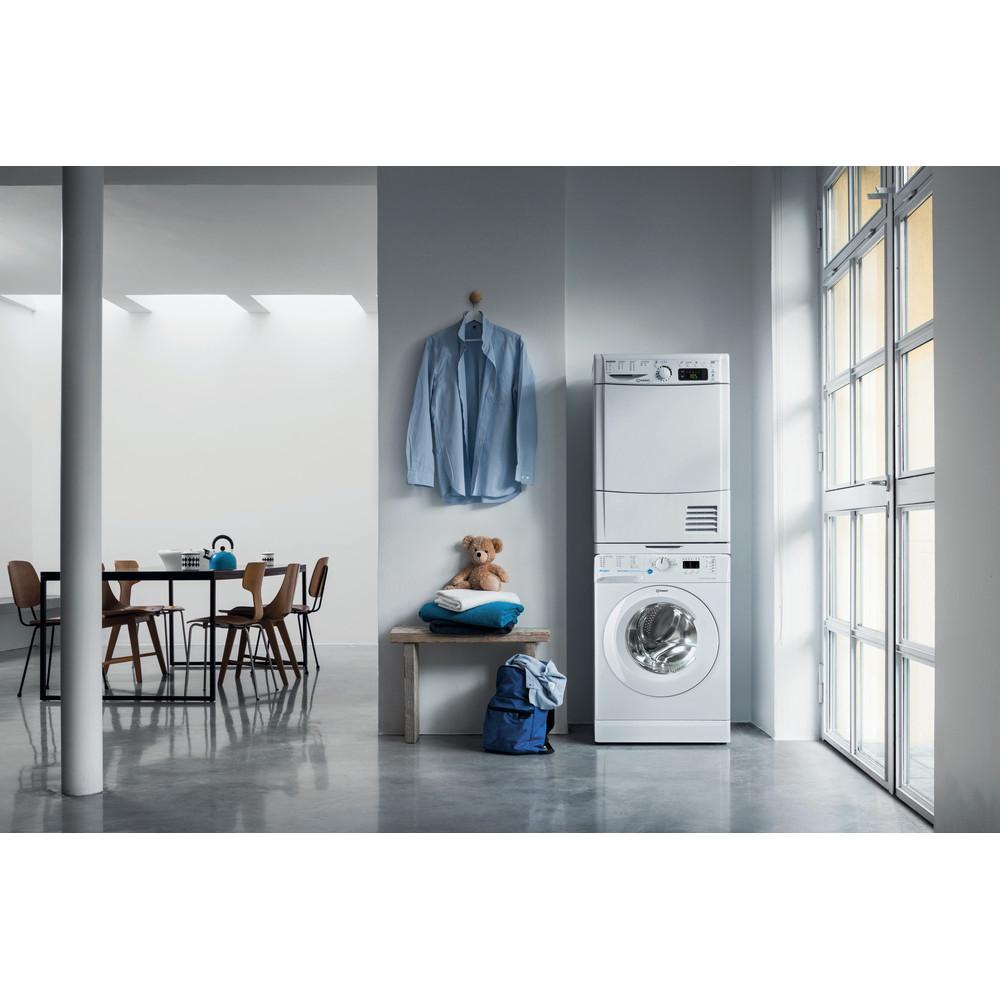 Indesit Pračka Volně stojící BWSA 61052 W EU Bílá Front loader A++ Lifestyle frontal