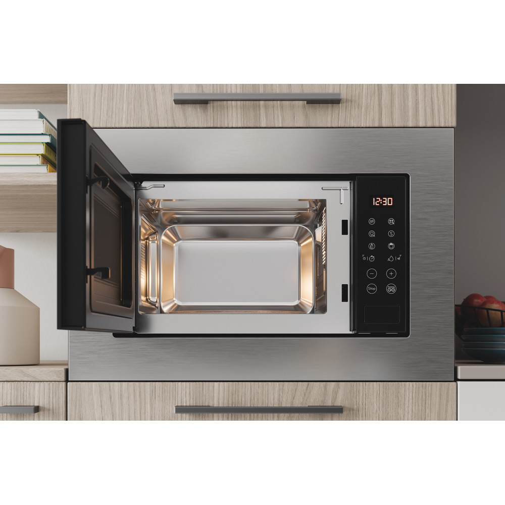 Indesit Microonde Da incasso MWI 120 SX Stainless Steel Elettronico 20 Solo microonde 800 Lifestyle frontal open