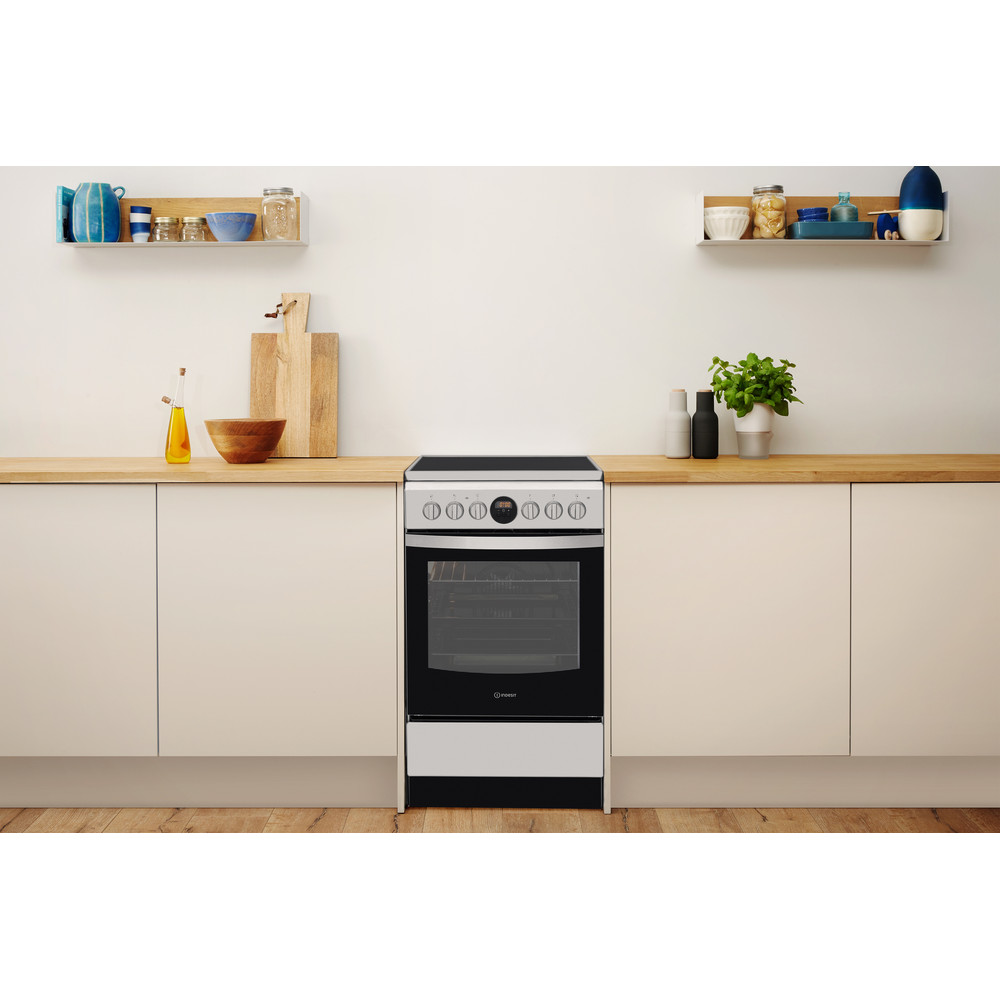 Indesit Pliit IS5V8CHX/E Roostevaba teras Electrical Lifestyle frontal