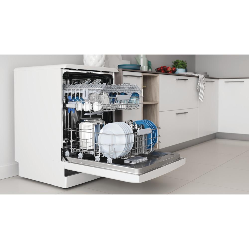 Indesit Lave-vaisselle Pose-libre DFC 2C24 A Pose-libre E Lifestyle perspective open