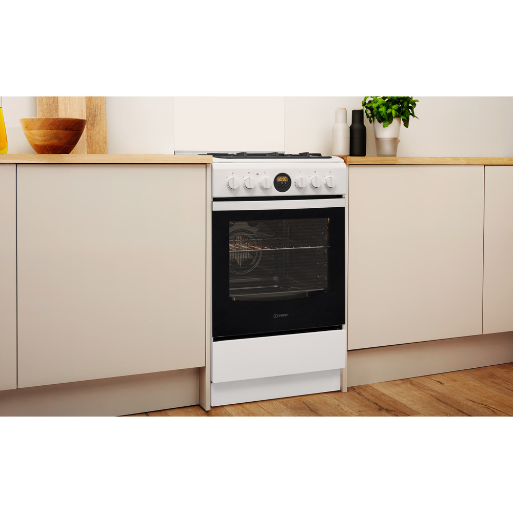 Indesit Kuchenka IS5G8CHW/E Biel Gazowy Lifestyle perspective