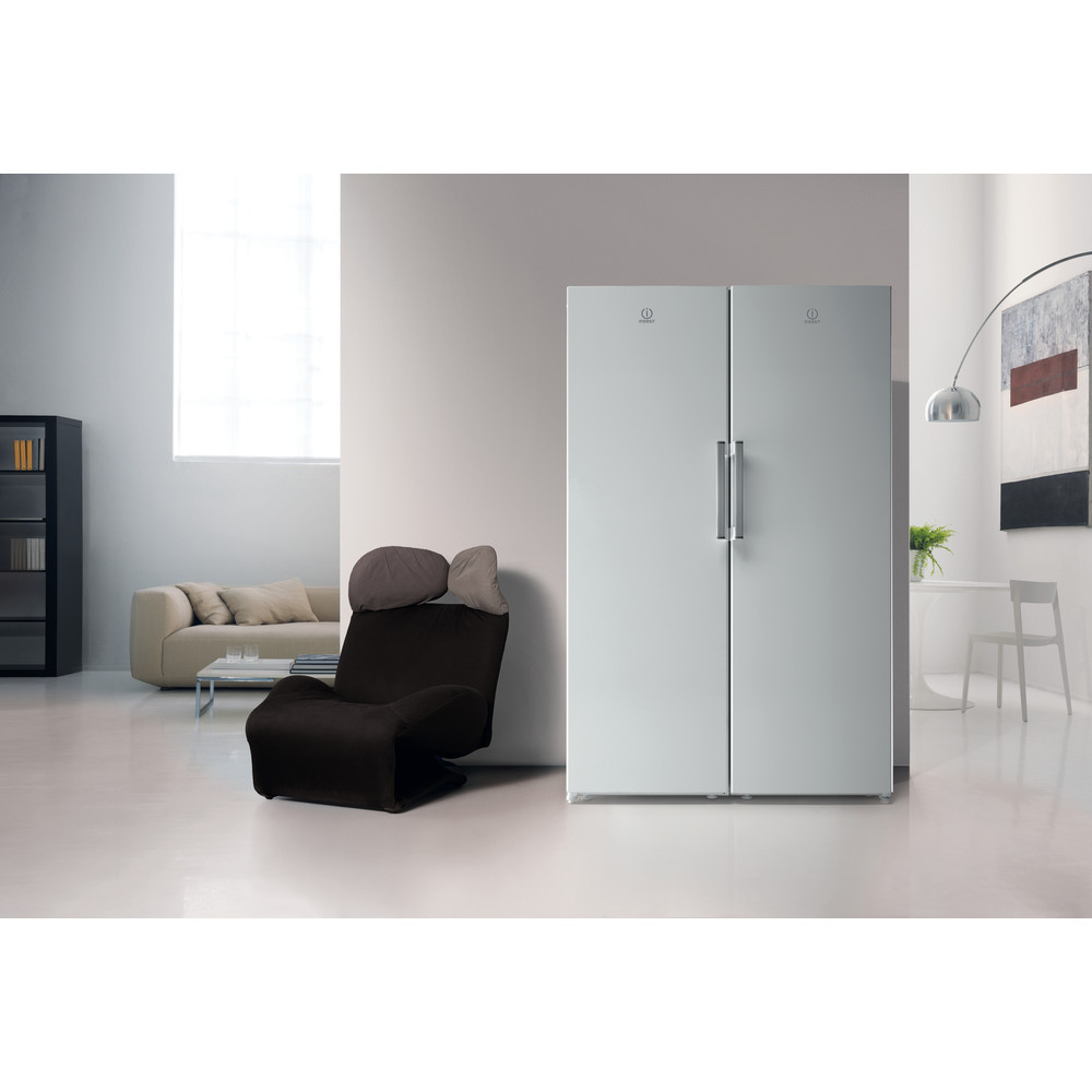 Indesit Refrigerator Free-standing SI6 1 W UK.1 Global white Lifestyle frontal