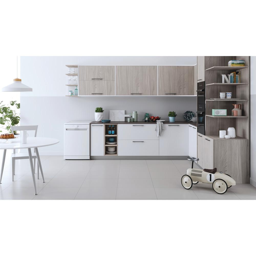 Indesit Dishwasher Free-standing DFE 1B19 UK Free-standing F Lifestyle frontal