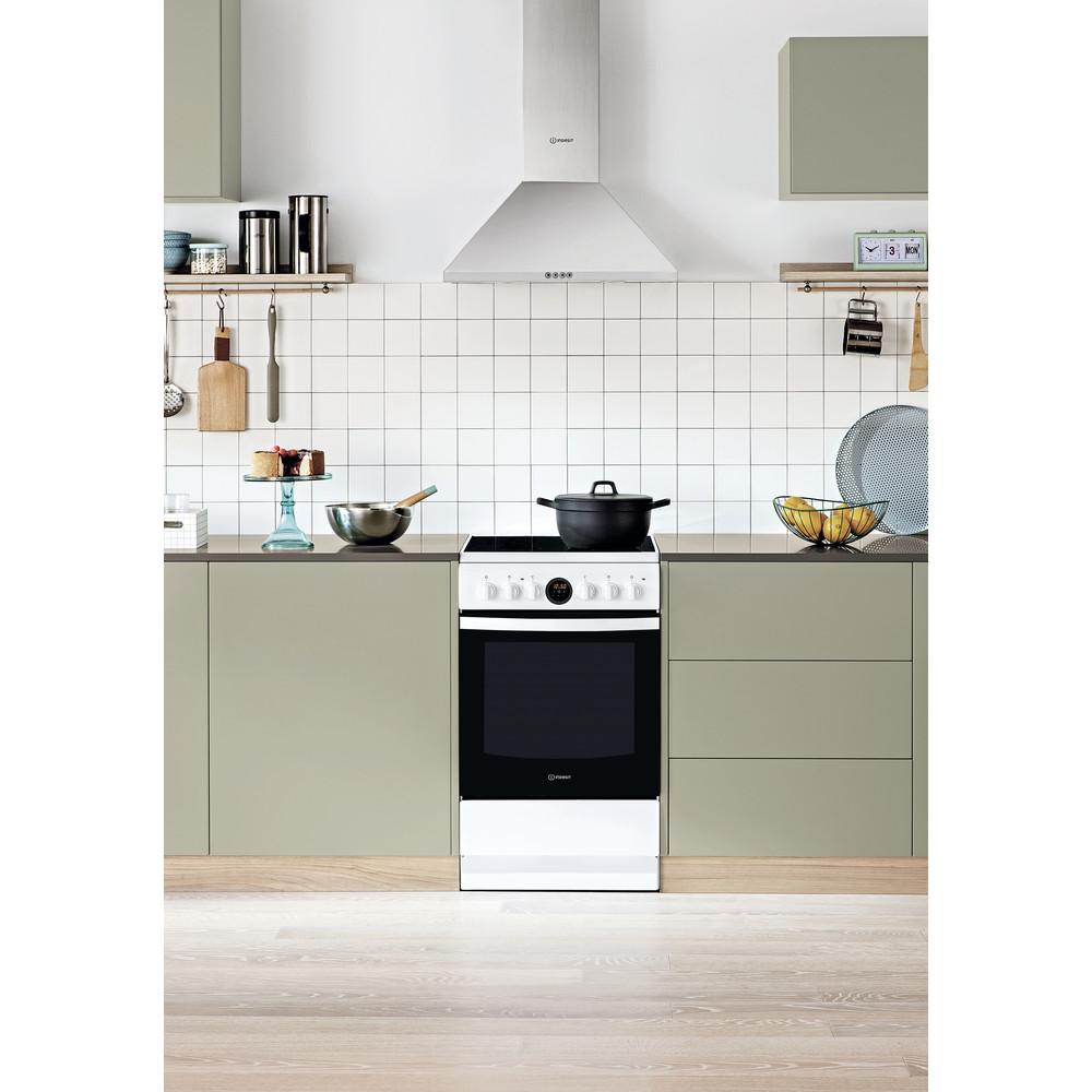Indesit Cuisinière IS5V5CCW/E Blanc Electrique Lifestyle frontal