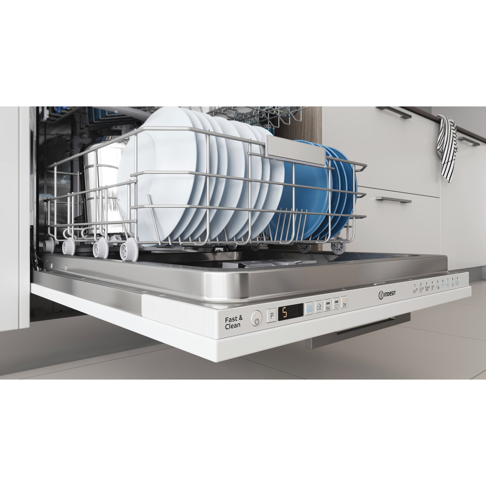Indesit Dishwasher Built-in DIO 3T131 FE UK Full-integrated D Lifestyle detail