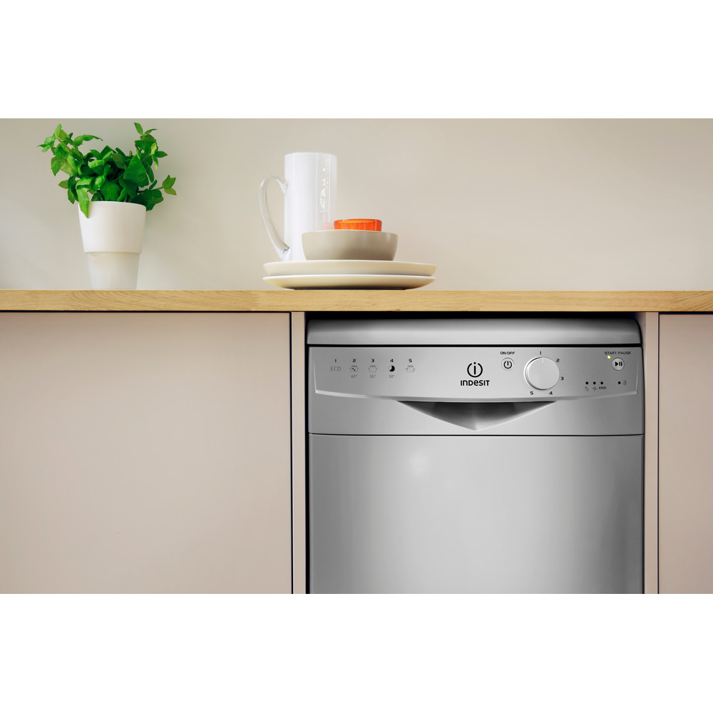 Indesit Посудомийна машина Соло DSR 15B1 S EU Соло A Lifestyle control panel