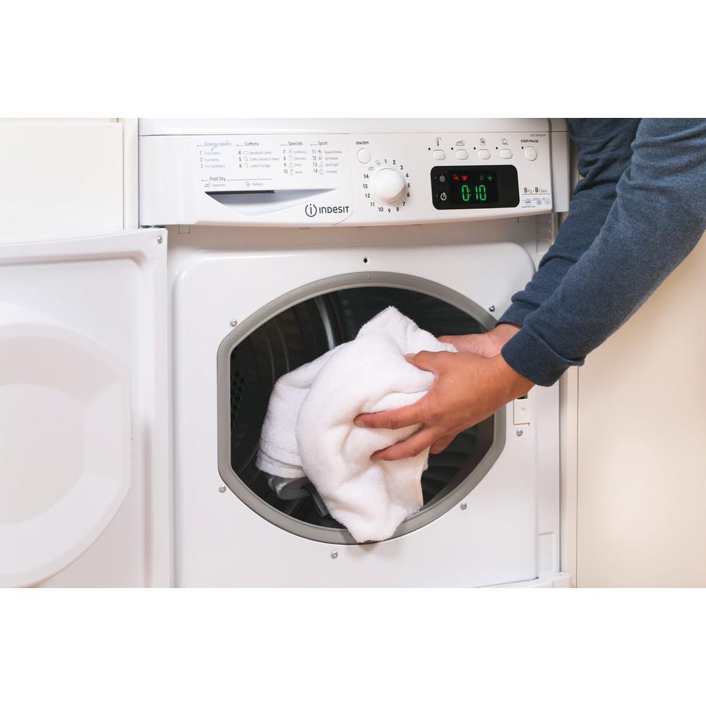 Indesit Dryer IDCE 8450 B H (UK) White Lifestyle people