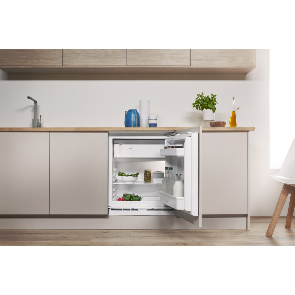 Indesit Refrigerator Built-in IF A1.UK Steel Lifestyle frontal open