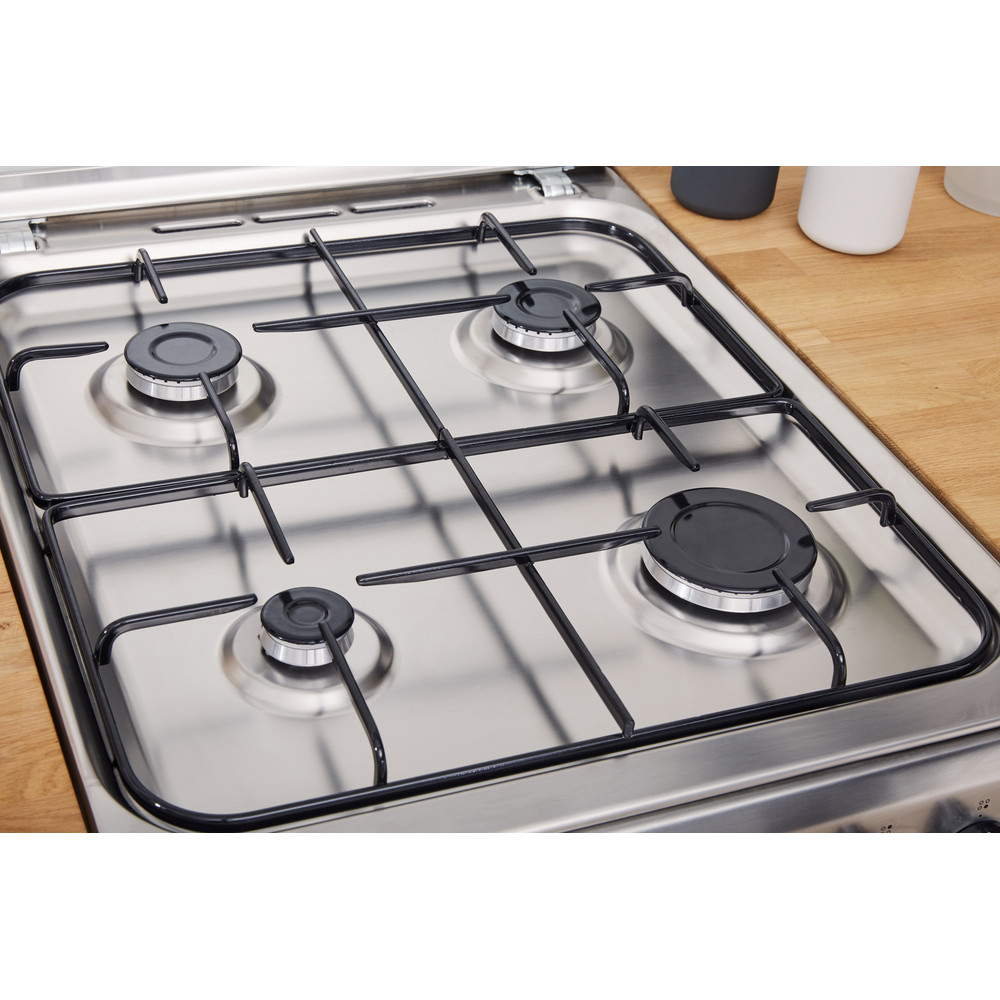 Indesit Cocina IS5G1PMX/E Inox Gas Lifestyle_Perspective