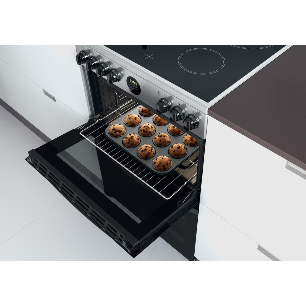 Indesit Double Cooker ID67V9HCX/UK Inox A Lifestyle perspective open