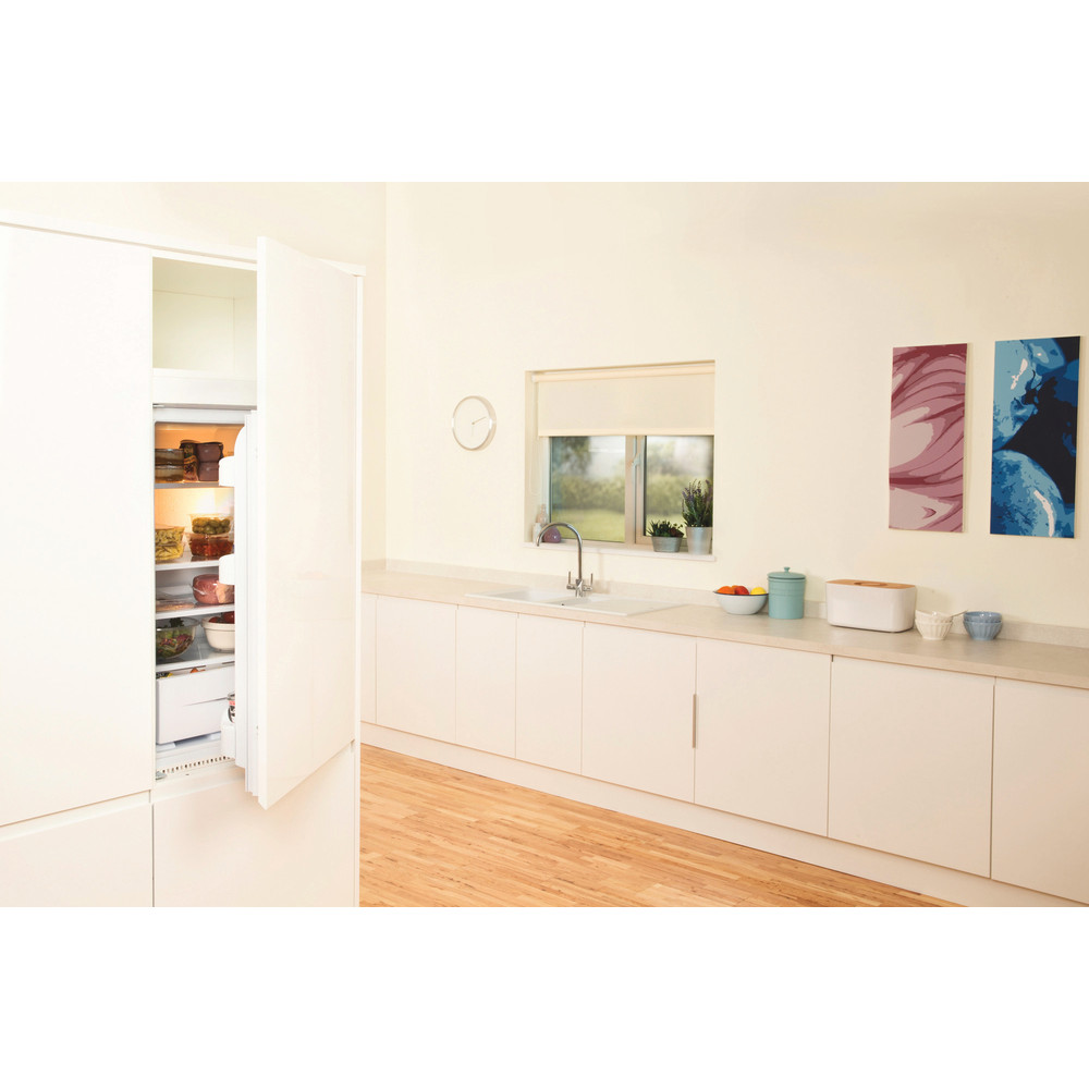 Indesit Refrigerator Built-in IN S 1612 UK (1) White Lifestyle_Perspective_Open