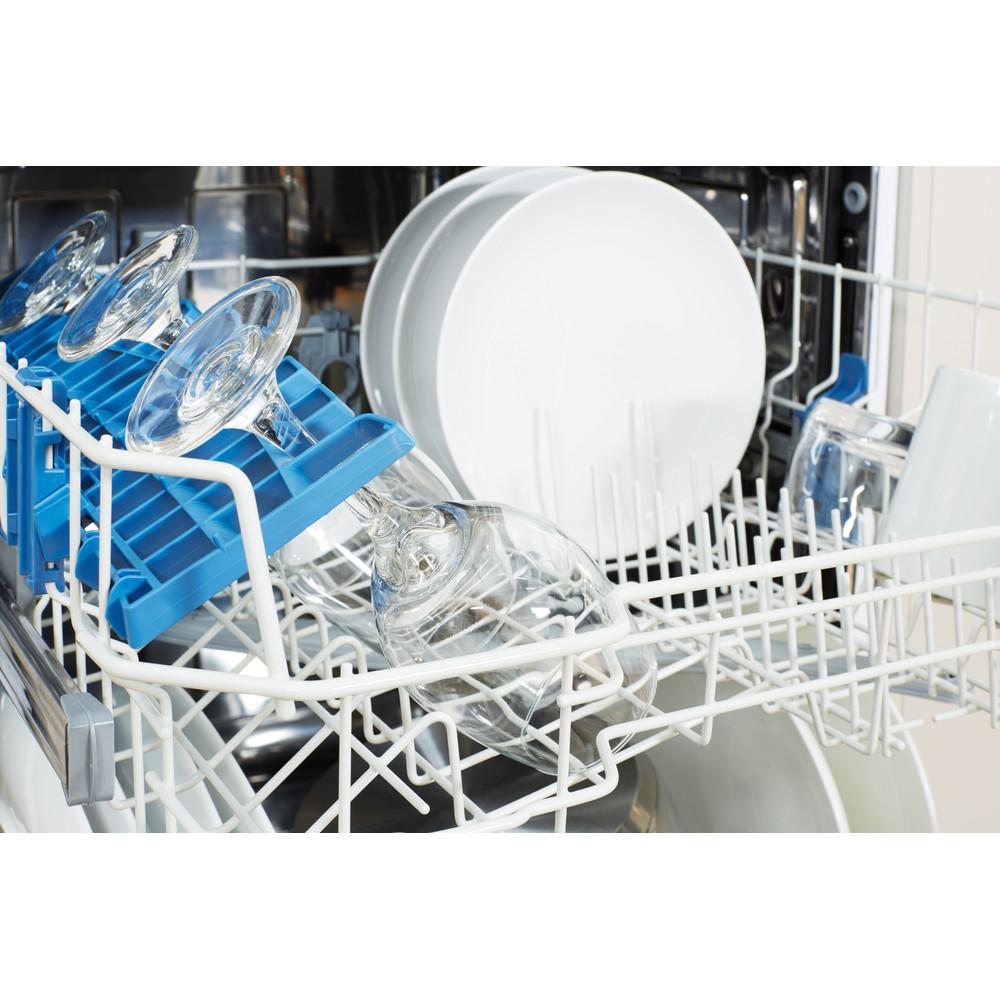 Indesit Dishwasher Free-standing DFGL 17B19 UK Free-standing A Rack