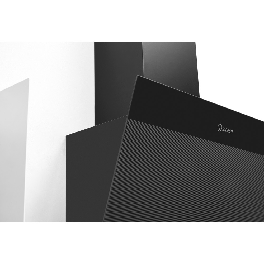 Indesit Köksfläkt Inbyggda IHVP 6.6 LM K Black Wall-mounted Mekanisk Lifestyle detail