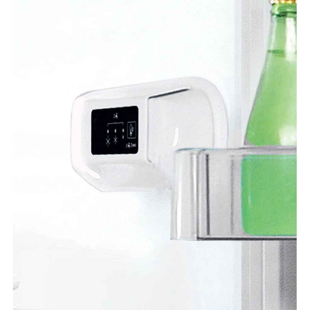 Indesit Lodówka z zamrażarką Wolnostojące LI8 S1E W Biały Dwudrzwiow(y)a Lifestyle control panel
