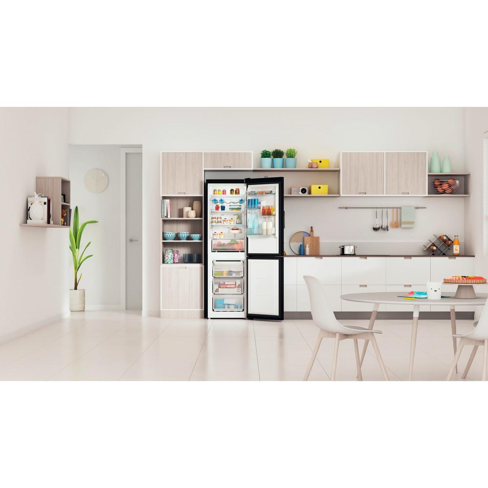 Indesit Réfrigérateur combiné Pose-libre INFC8 TO22K Noir 2 portes Lifestyle frontal open