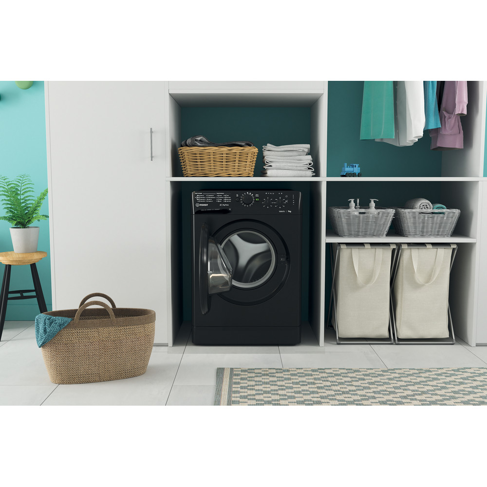 Indesit Washing machine Free-standing MTWC 71252 K UK Black Front loader A++ Lifestyle frontal open