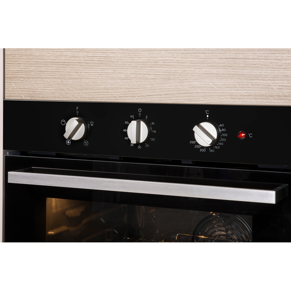 Indesit Forno Da incasso IGW 620 BL GAS A+ Lifestyle control panel