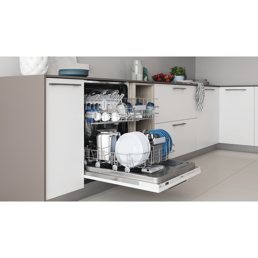 Indesit Lave-vaisselle Encastrable DIC 3B+16 A Tout intégrable F Lifestyle perspective open