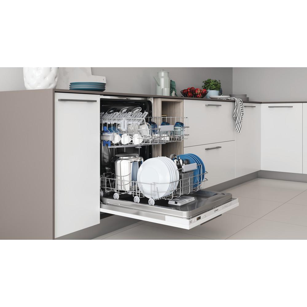 Indesit Mašina za pranje posuđa ugradbeni DIC 3B+16 A A scomparsa totale F Lifestyle perspective open