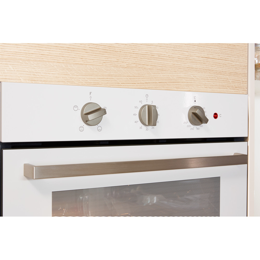 Indesit OVEN Built-in IFW 6230 WH UK Electric A Lifestyle_Control_Panel