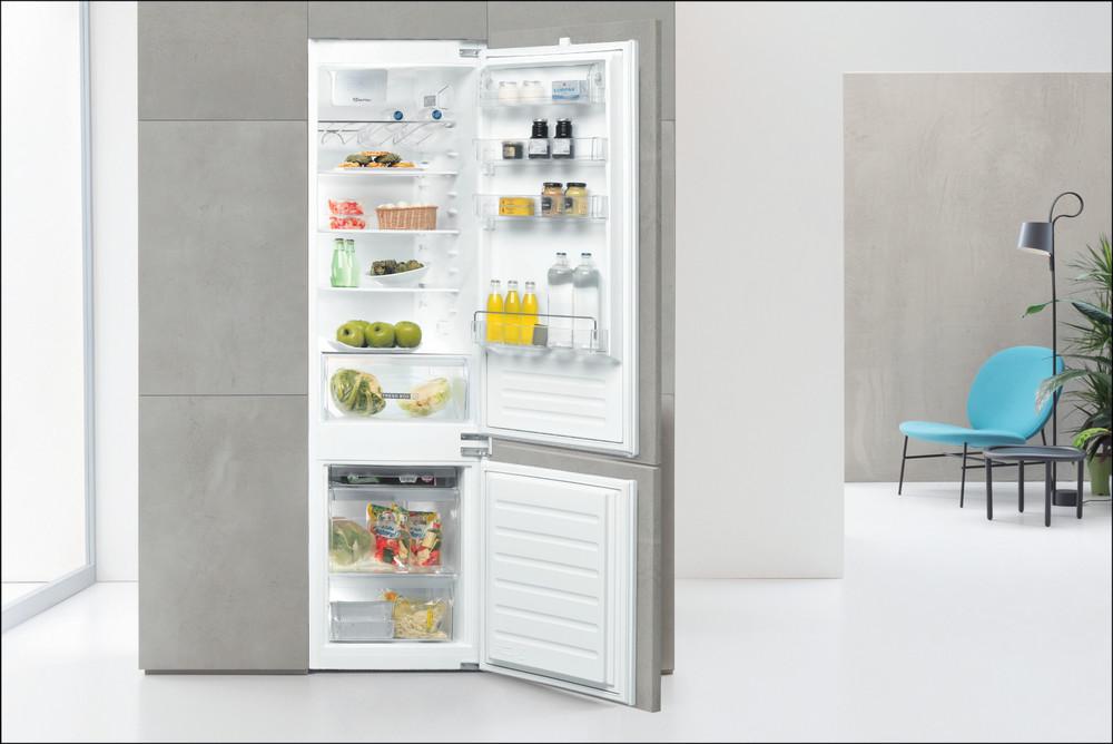 Whirlpool Hűtő/fagyasztó kombináció Beépíthető ART 96101 Fehér 2 doors Lifestyle frontal open
