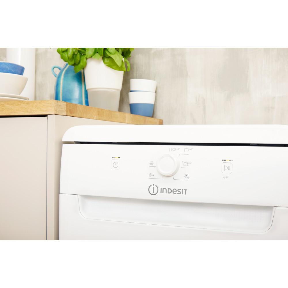 Indesit Посудомоечная машина Отдельно стоящий DSFE 1B10 Отдельно стоящий A+ Lifestyle control panel