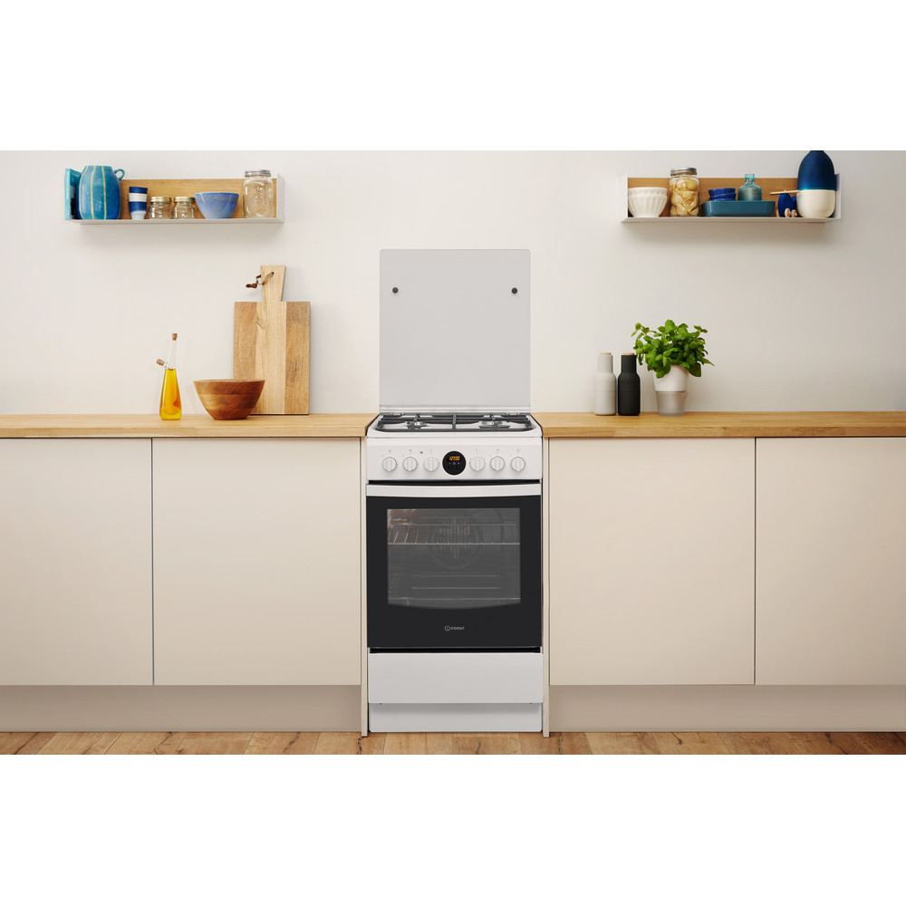 Indesit Kuchenka IS5G8CHW/E Biel Gazowy Lifestyle frontal