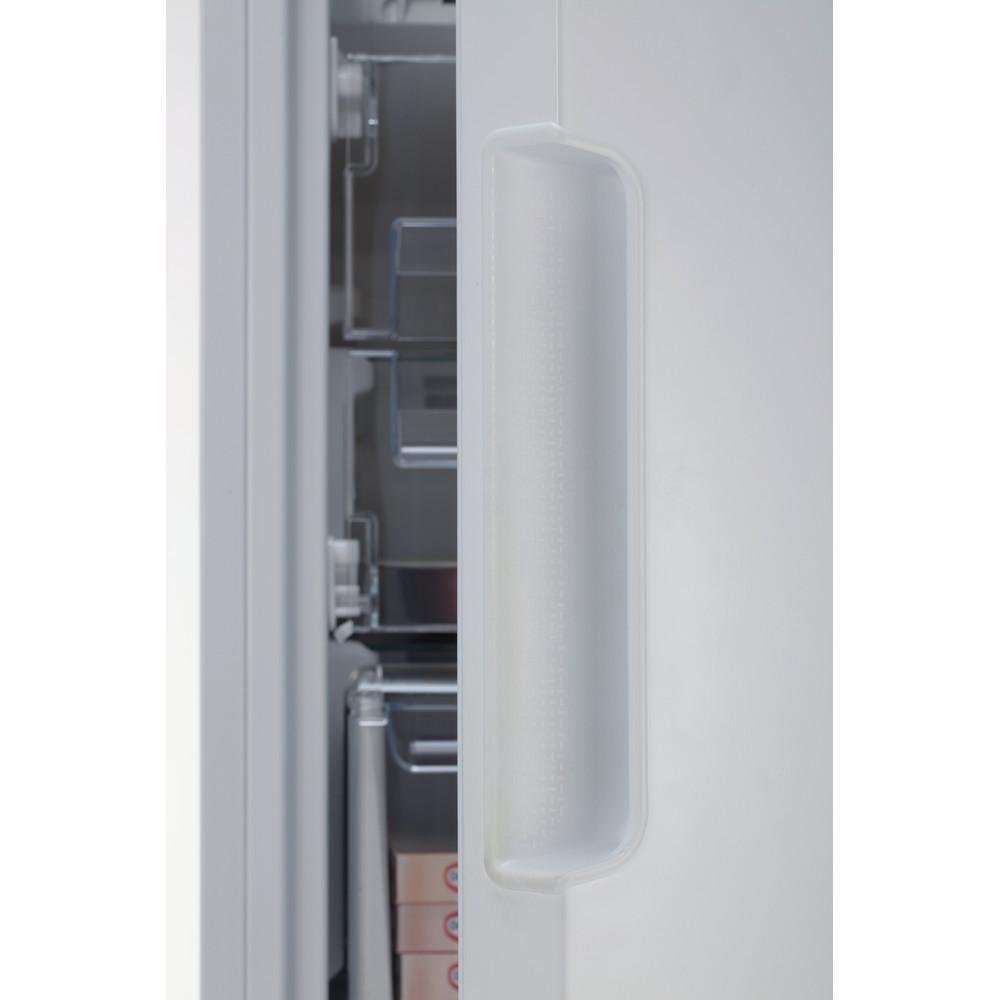 Indesit Морозильная камера Отдельностоящий DSZ 4150 Белый Lifestyle detail