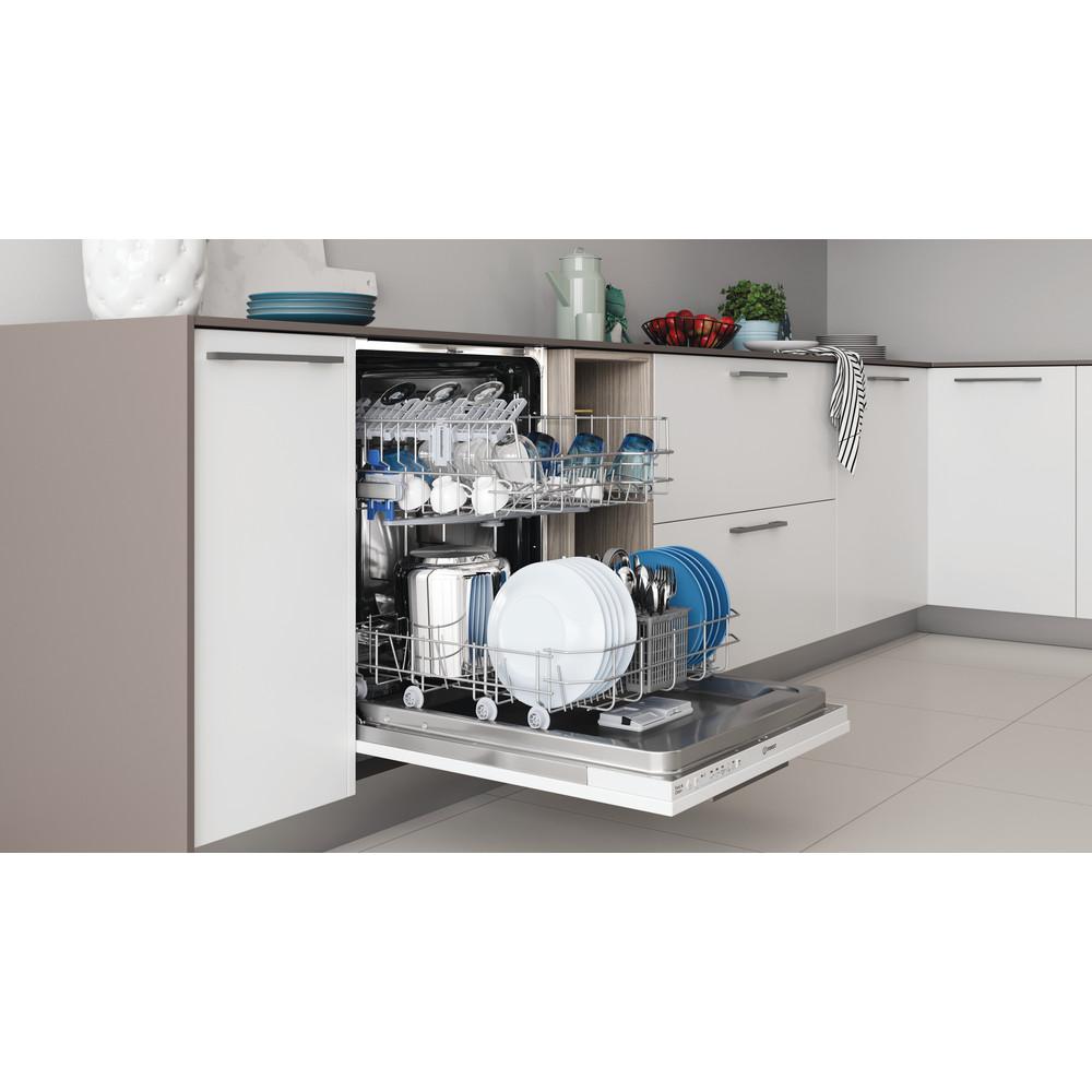 Indesit Посудомоечная машина Встраиваемый DIE 2B19 Full-integrated A Lifestyle perspective open